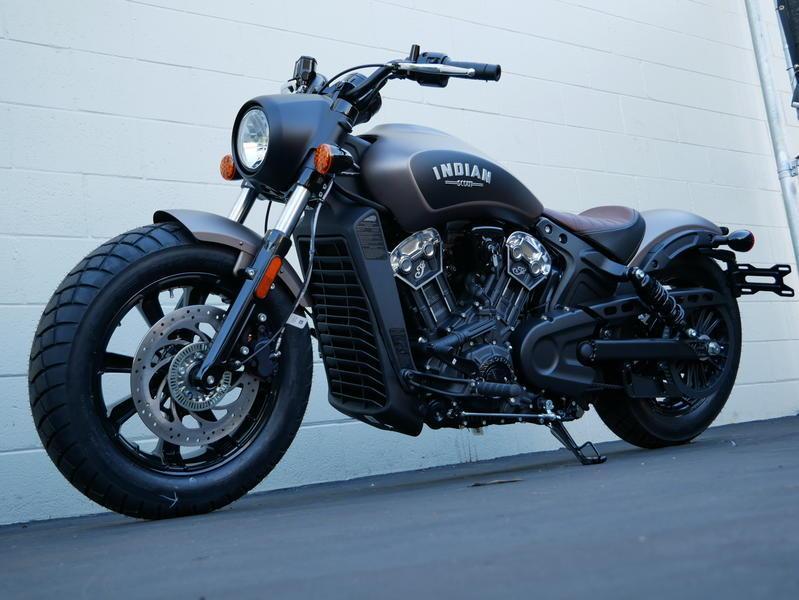 331-indianmotorcycle-scoutbobberabsbronzesmoke-2019-6560601
