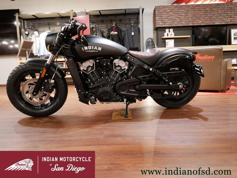 380-indianmotorcycle-scoutbobberabsthunderblacksmoke-2019-6706563