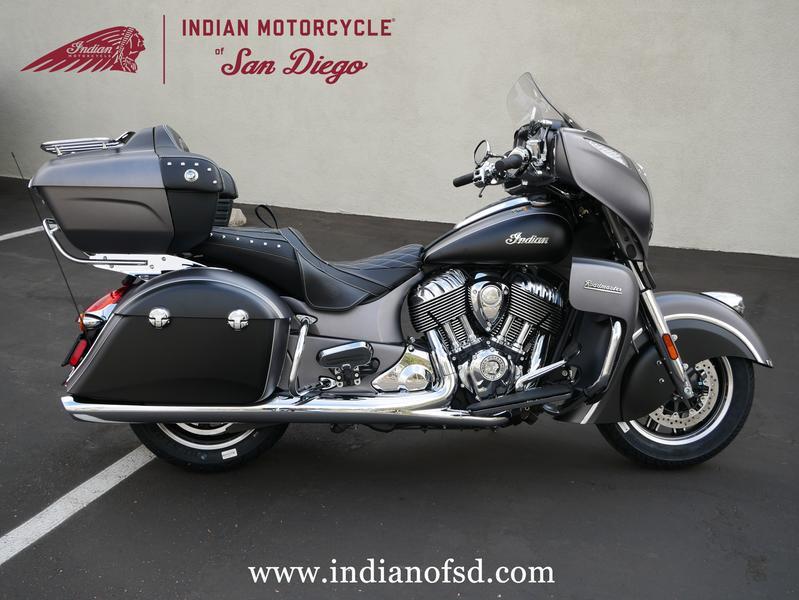 79-indianmotorcycle-roadmastersteelgraysmoke-thunderblacksmoke-2019-5994212