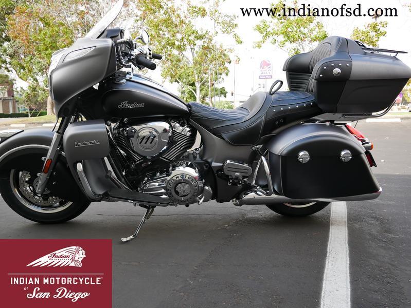 93-indianmotorcycle-roadmastersteelgraysmoke-thunderblacksmoke-2019-5994213