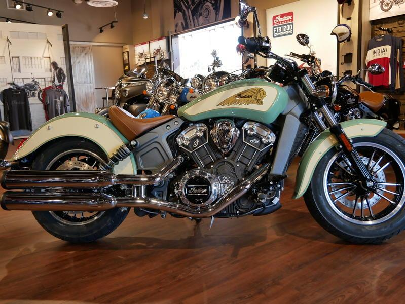 638-indianmotorcycle-scoutabswillowgreen-ivorycream-2019-7109450
