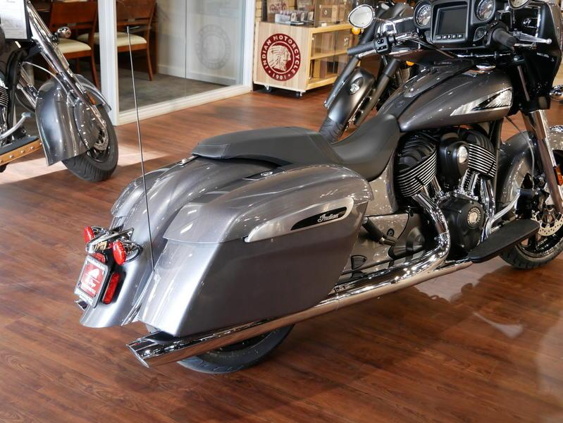 649-indianmotorcycle-chieftainsteelgray-2019-7109451